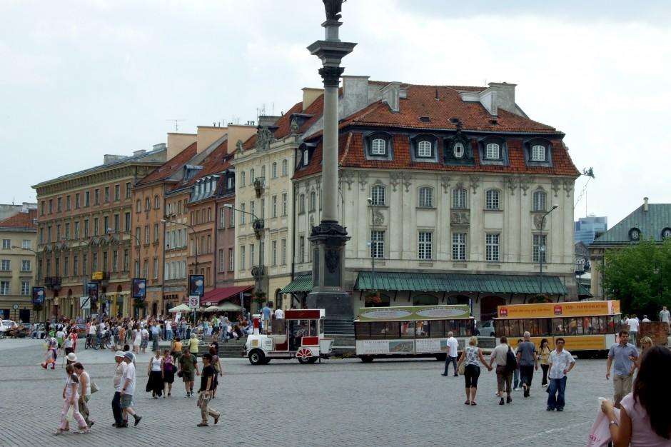 Warszawa coraz atrakcyjniejsza dla turystów