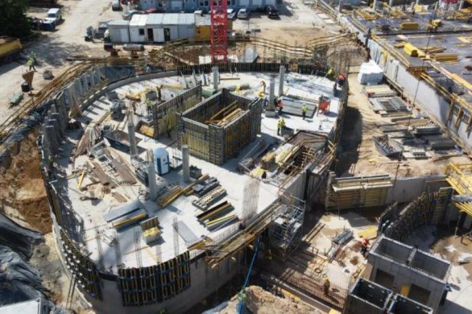 Warszawa: Budowa Business Garden wychodzi z ziemi