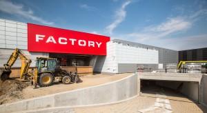 Więcej słońca i zaoszczędzonej energii w Factory Warszawa Ursus