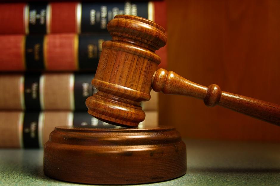 Ustawa metropolitalna jest niezgodna z konstytucją?