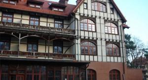 Zabytkowy hotel w Krynicy wystawiony na sprzedaż