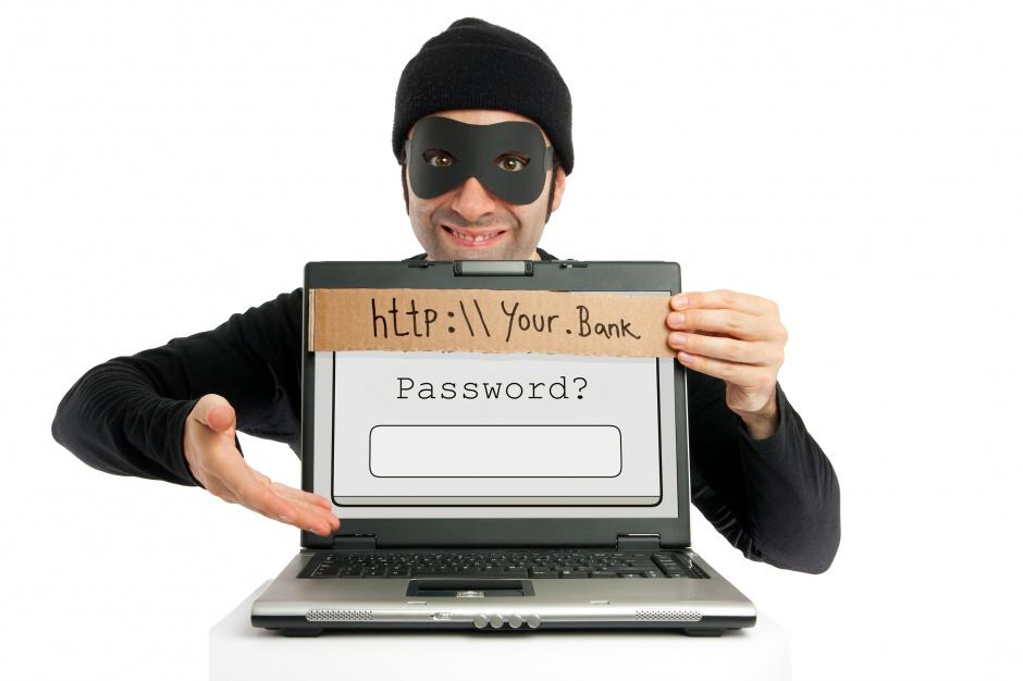 Firmy muszą radzić sobie z cyberzagrożeniem