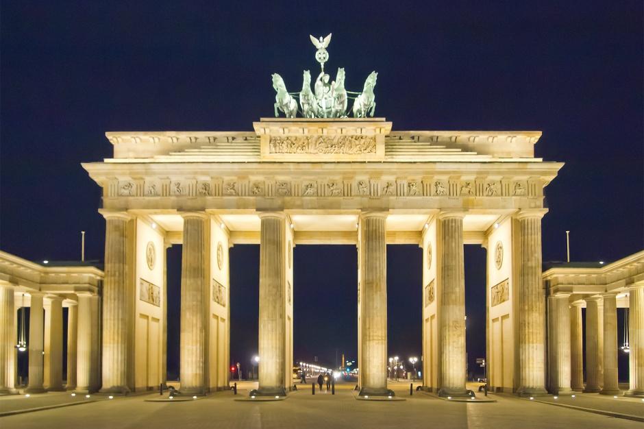 Azylanci zapełniają niemieckie hotele