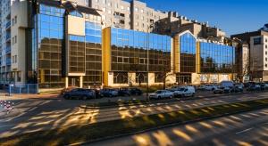 Szkoła wyższa wynajmuje powierzchnię w warszawskim biurowcu