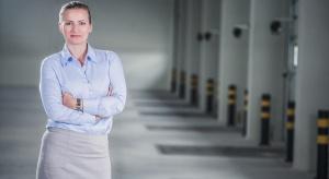 Schneider kupuje halę produkcyjną