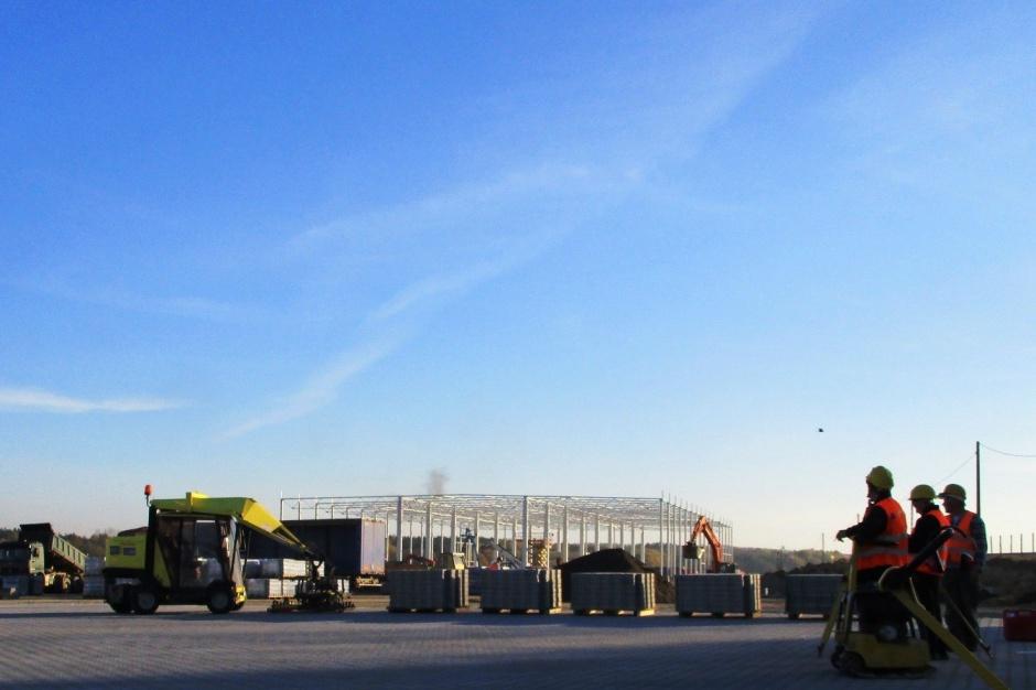 Rośnie pierwsza hala projektu Waimea Logistic Park Korczowa