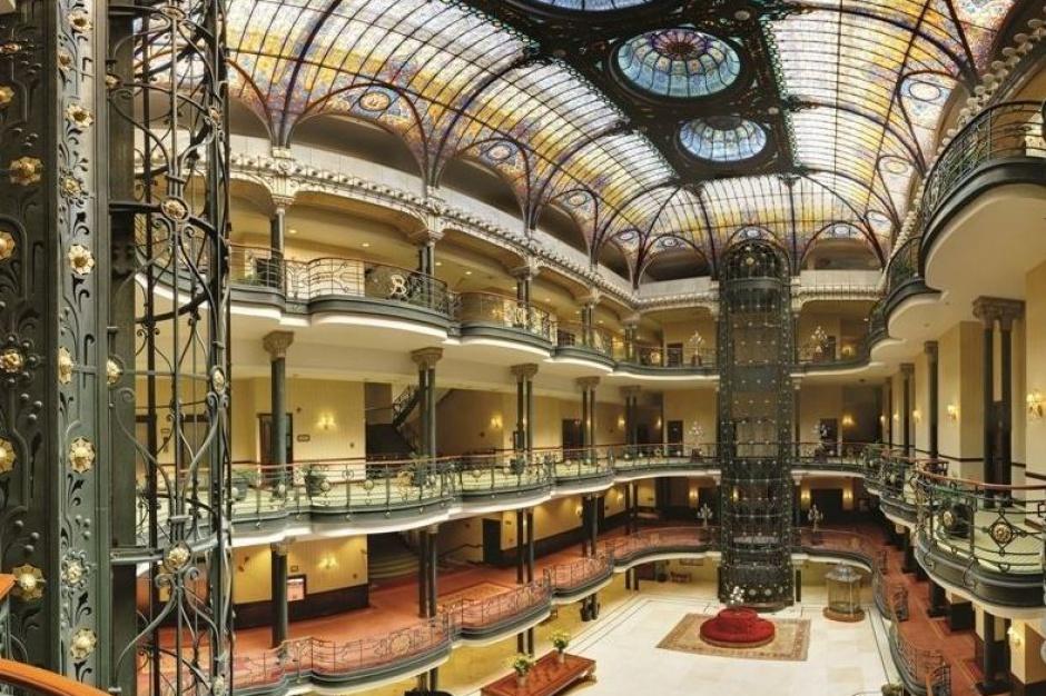 Hotele, w których nocował Bond. James Bond