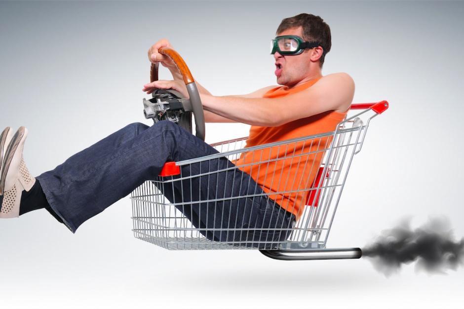 Uwaga! Mężczyzna na zakupach