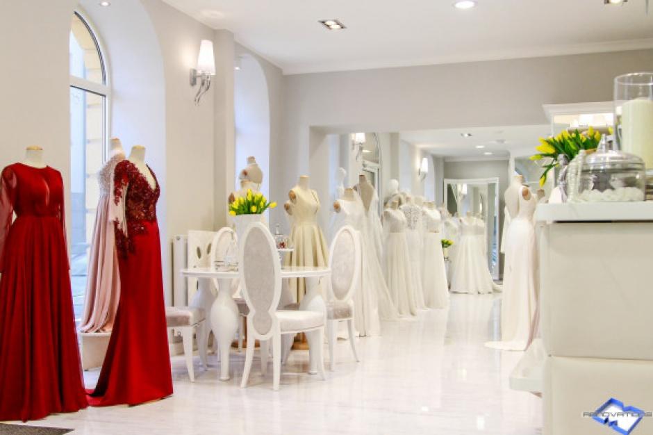 Salon sukni ślubnych w warszawskim biurowcu
