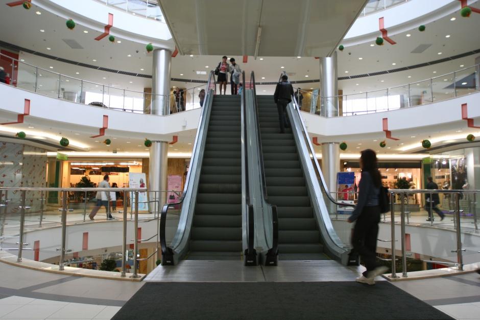 Coraz więcej turystów zakupowych przyjeżdża do Polski