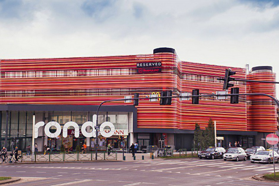 Centrum Handlowe Rondo zmienia okolicę i buduje plac sportowy
