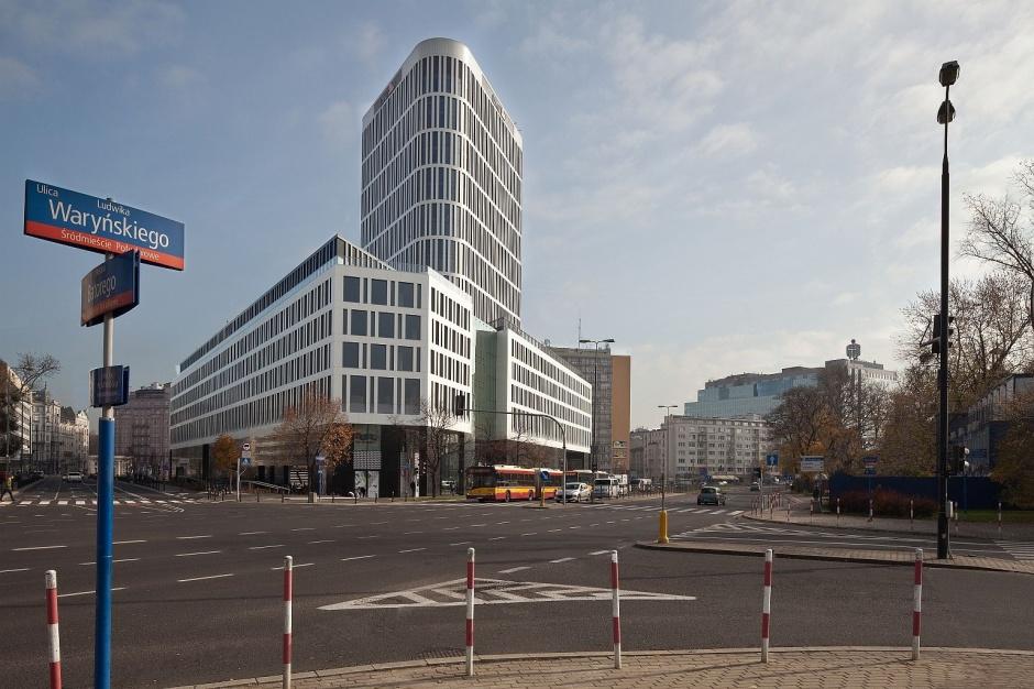 BBI rozlicza sprzedaż Placu Unii