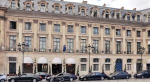 Paryski Ritz znów wita gości