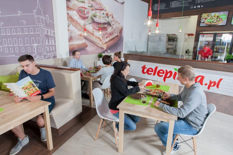 Centra handlowe i... foodtrucki. Telepizza stawia na nowy format i lokalizacje