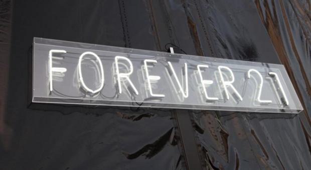 Forever 21 przygotowuje się do wielkiego otwarcia