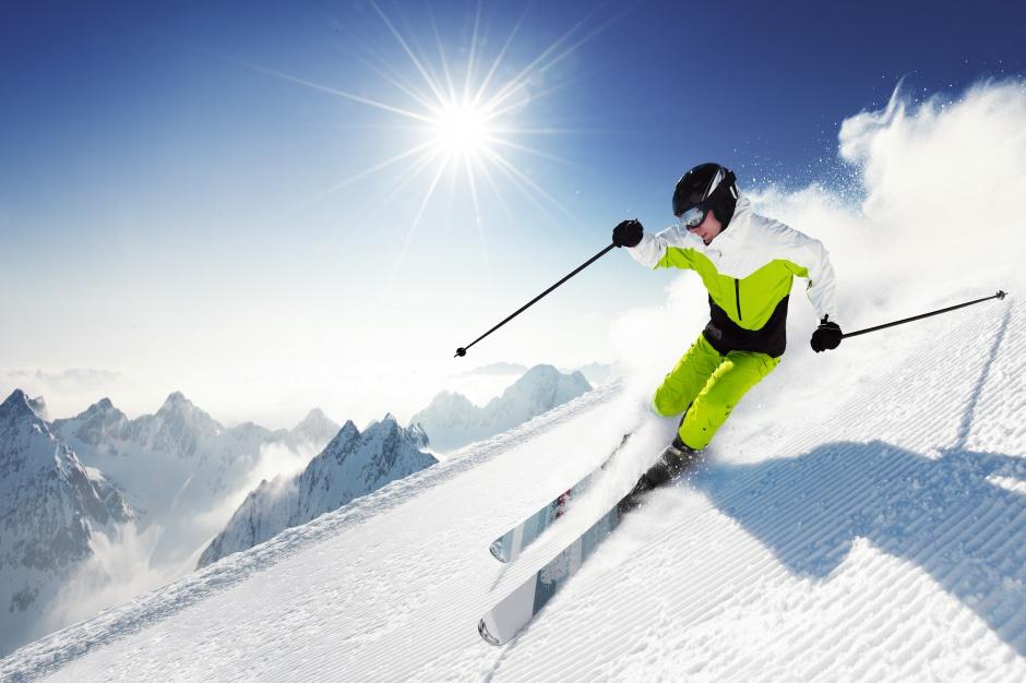 Sylwester na nartach. Gdzie najchętniej szusują Polacy