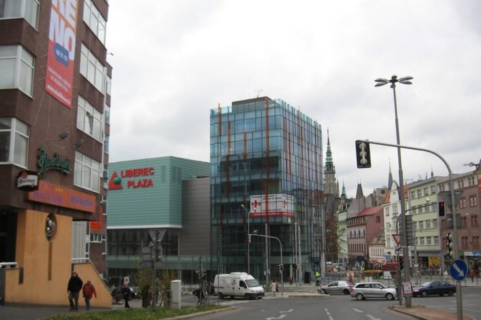 Plaza Centers pozbywa się centrum handlowego