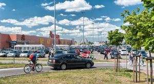 Auchan Hetmańska przed rozbudową. Globalne marki już czekają na finał