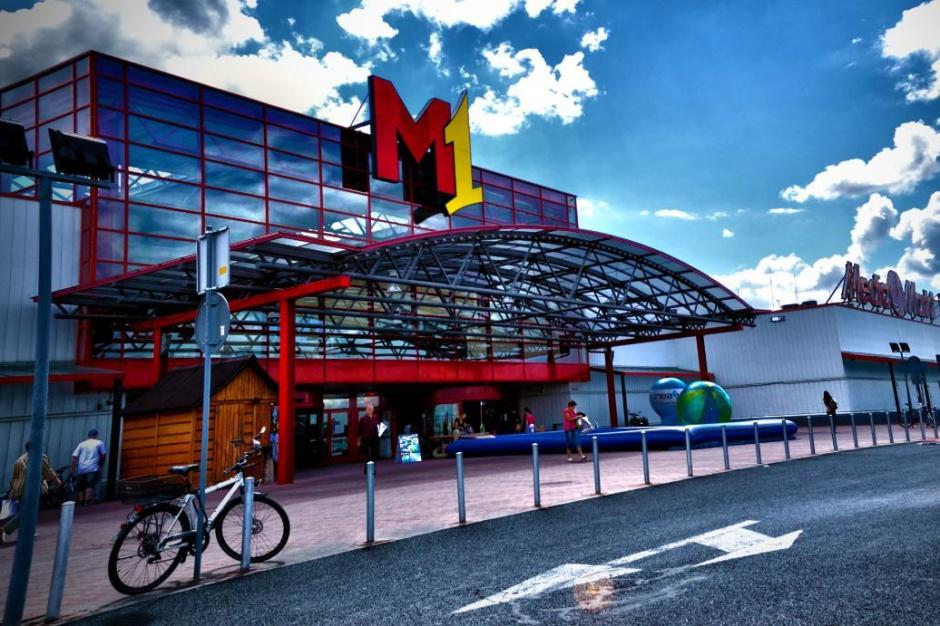 Najemcy powiększają sklepy w poznańskim M1