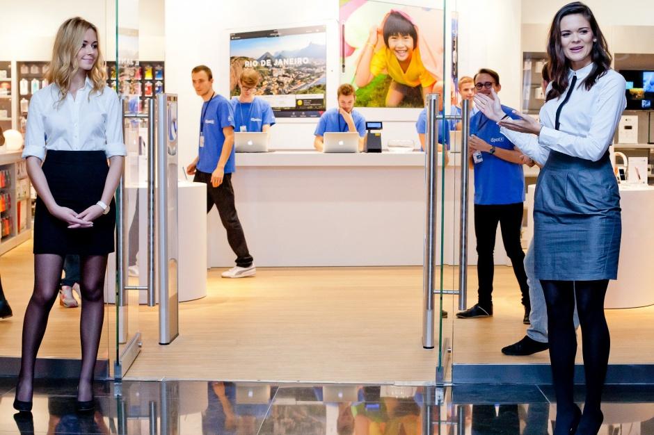 Apple otwiera największy salon iSpot w Polsce