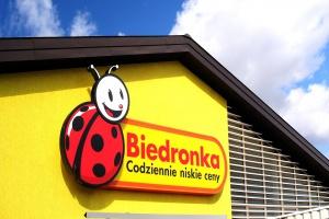 Biedronka przejmuje 5 lokalizacji po sklepach Piotr i Paweł