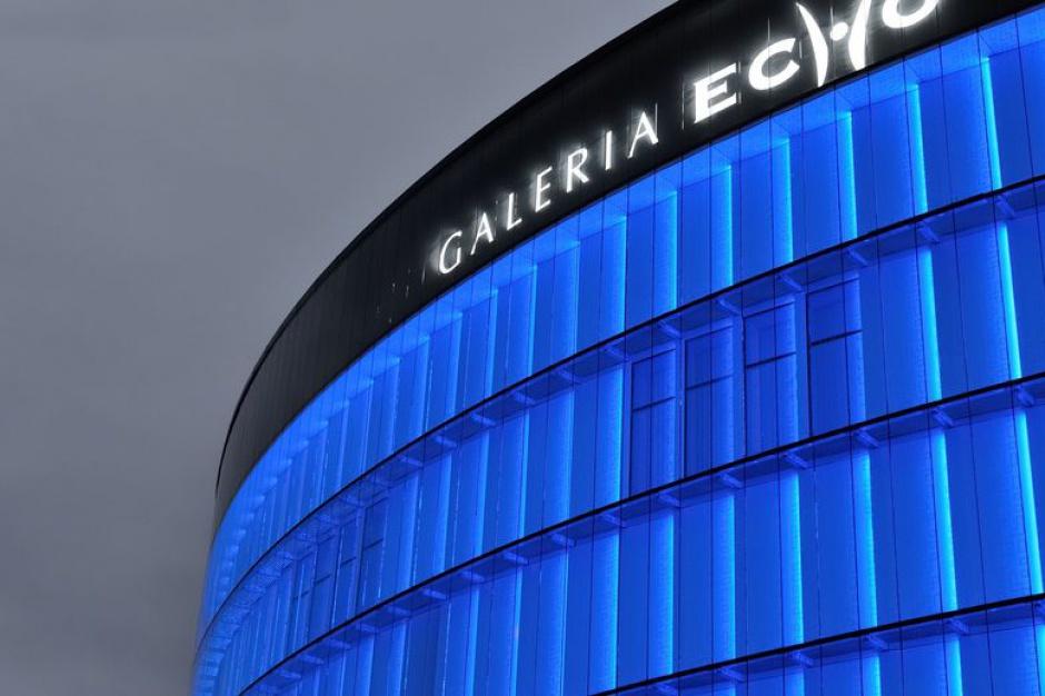 Galeria Echo zmienia barwy