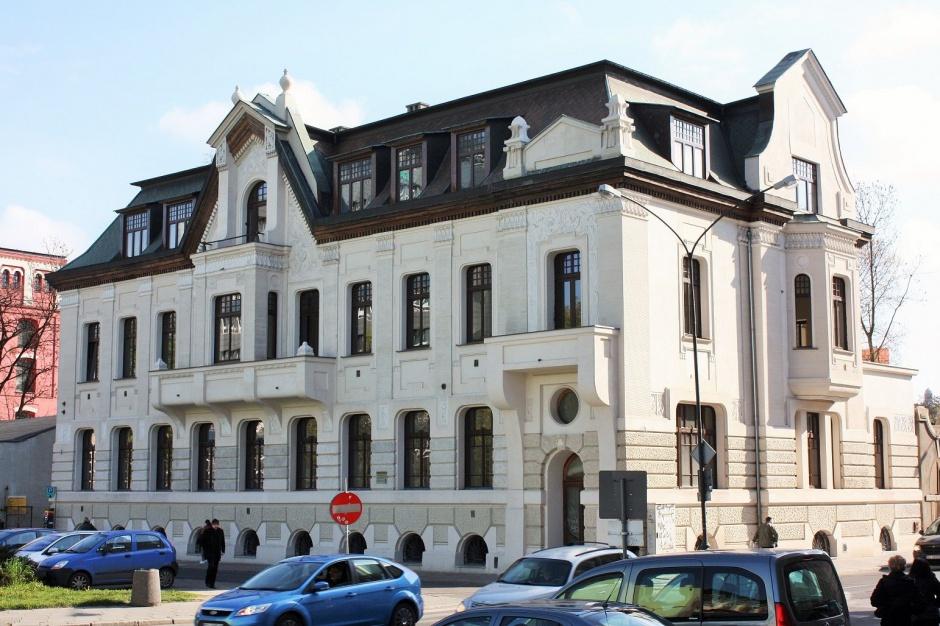 Butikowy biurowiec Nowego Centrum Łodzi dla jednego najemcy