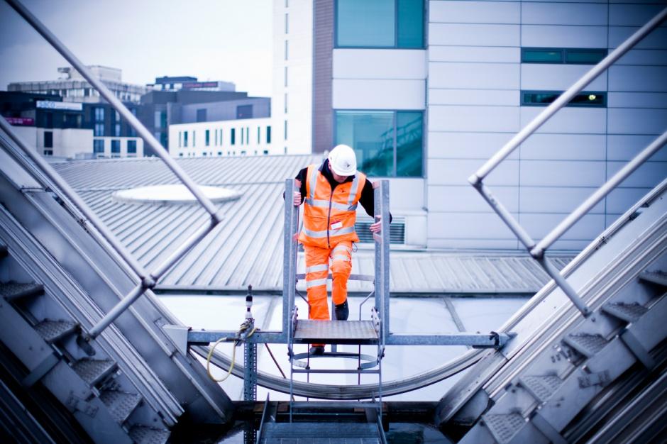 Work Service: problem kadrowy w budowlance