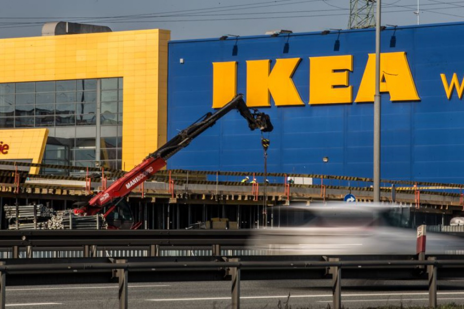 Ikea uruchamia dostawy przez internet