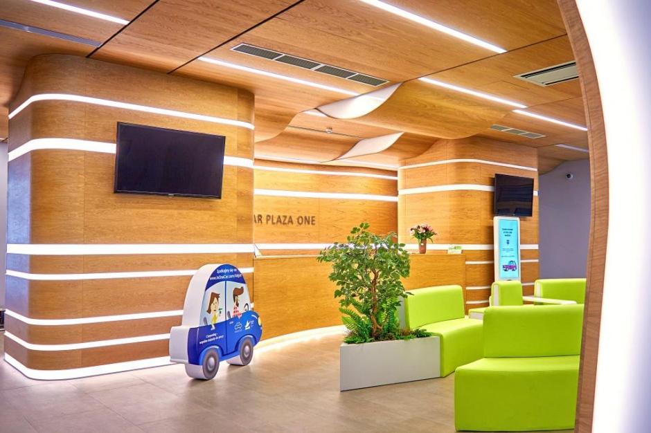 Nowa nazwa i odnowione lobby. Tak zmienił się biurowiec firmy Adgar