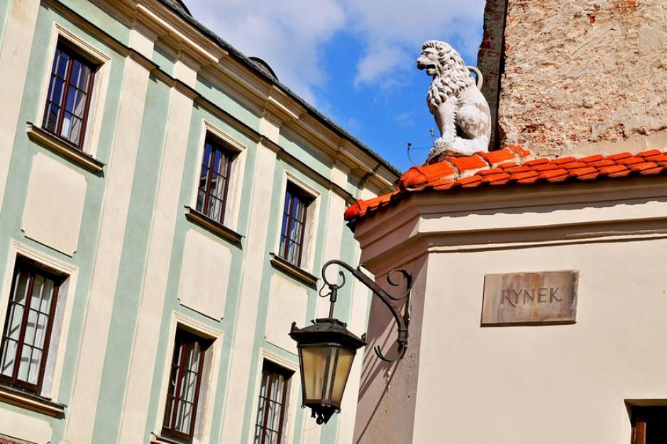 Hotelowy dołek w Lublinie. Miasto rozmawia z inwestorami