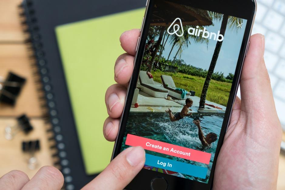 KE apeluje o bardziej przyjazne traktowanie Airbnb czy Uber
