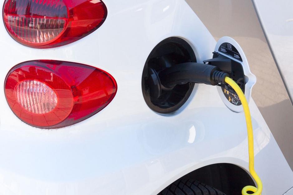 Instalacje do ładowania aut nowym wyzwaniem dla deweloperów