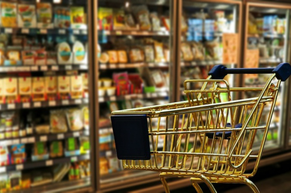 Mniej klientów w centrach handlowych