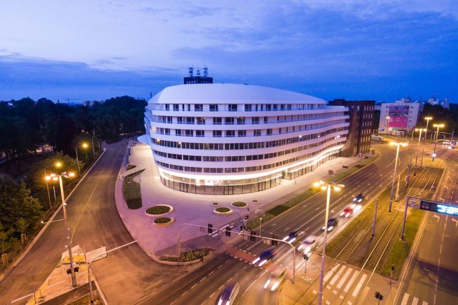 Biura OVO Wrocław przyciągają inwestorów. Skusił ich concierge?