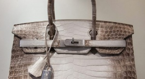 Ile może kosztować damska torebka? Ta pobiła rekordy