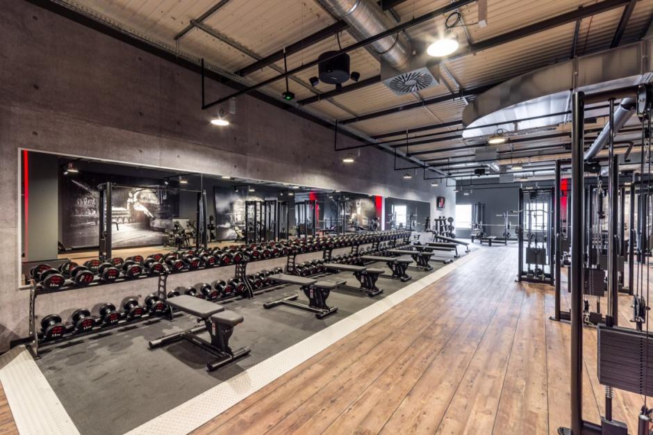 Przez biura do klienta. Jak wyglądają nowoczesne kluby fitness?