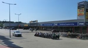 Niemiecki inwestor kupuje trzy parki handlowe
