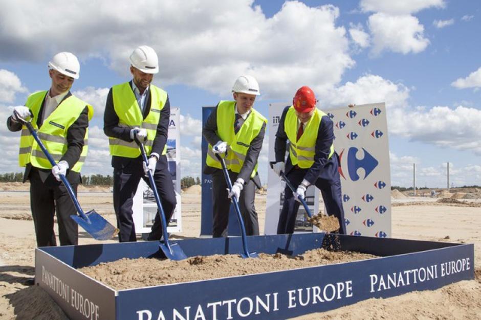 Carrefour wystartował z nowym projektem. Panattoni na placu budowy