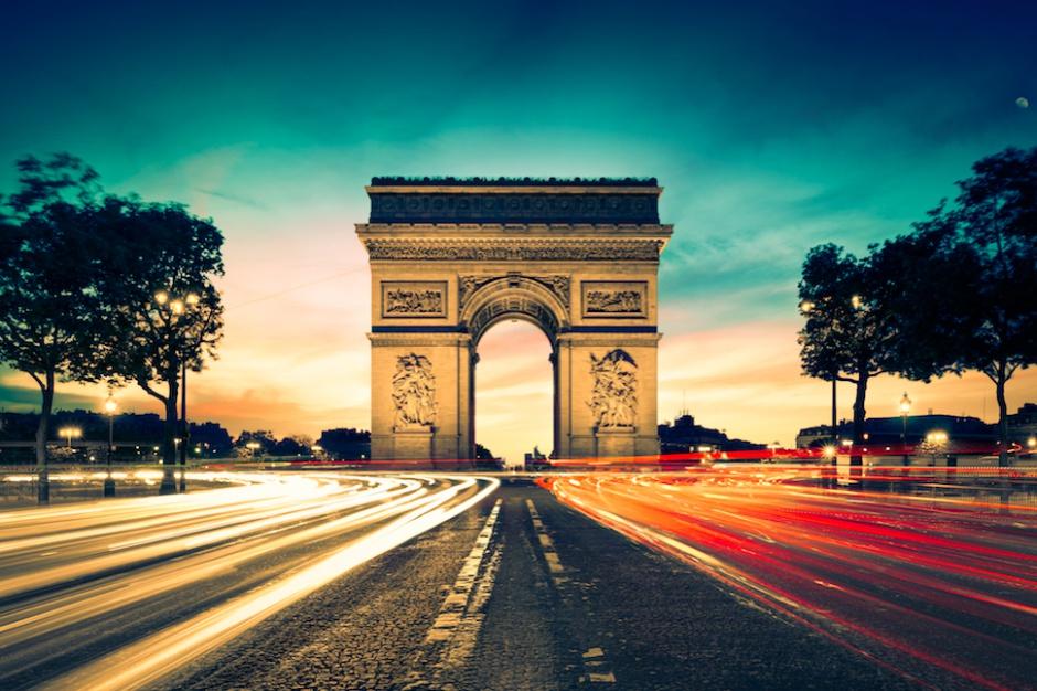 Paryska branża turystyczna traci. Czas na plan ratunkowy i nowe inwestycje