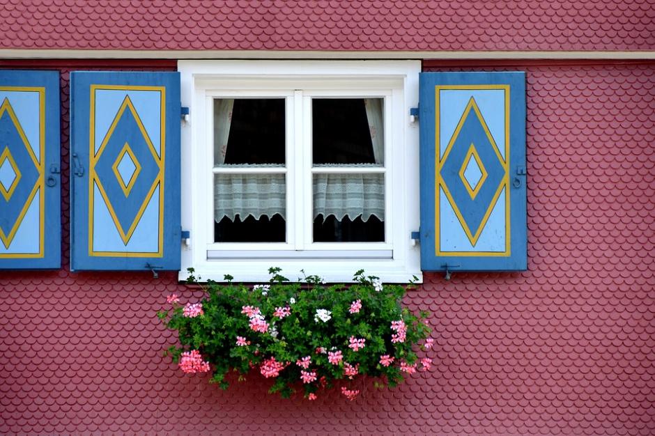Airbnb zostawia konkurencję w tyle