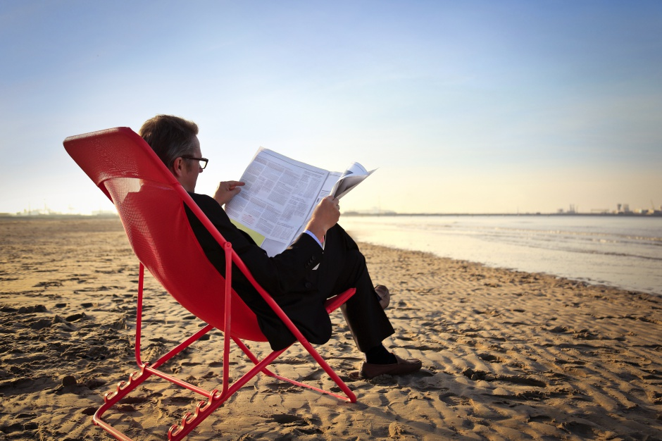 Biurko na plaży? Tak, ale z wygodnym krzesłem