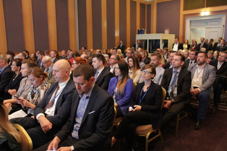 """Zobacz zdjęcia z sesji """"Operacja rewitalizacja – drugie życie budynków"""" na Property Forum"""