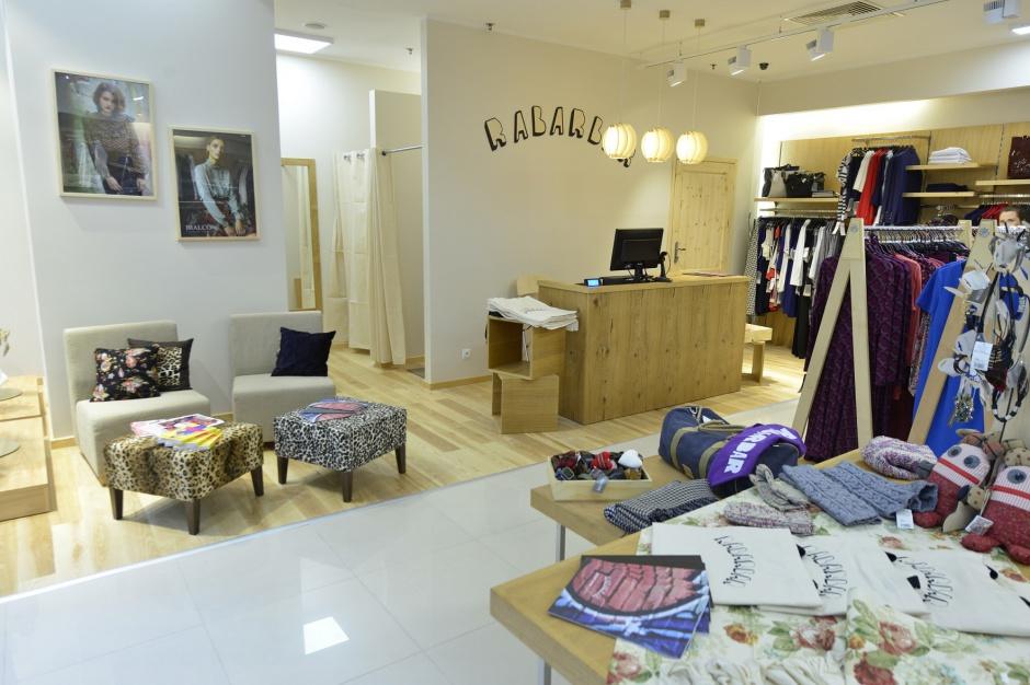 Designerska marka lubi tradycyjne galerie