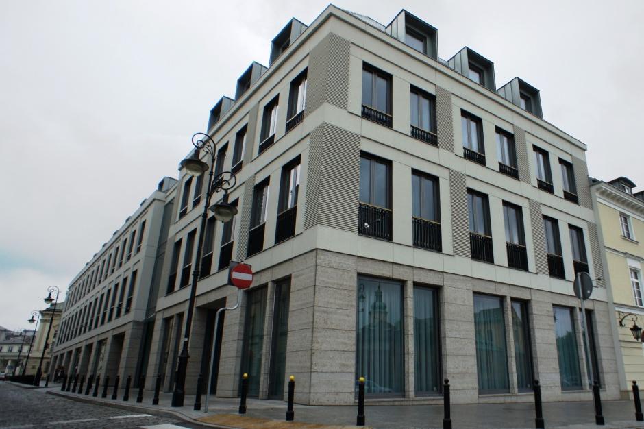 Sektor państwowy rozgląda się za biurami na rynku komercyjnym