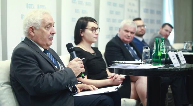 Akcja-rekrutacja – jak rozwijać rynek pracowników dla sektora nowoczesnych usług?