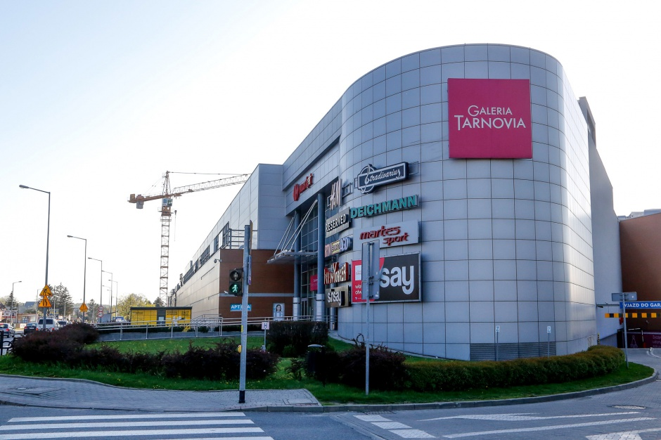 H&M zwiąże się z Tarnovią na dłużej