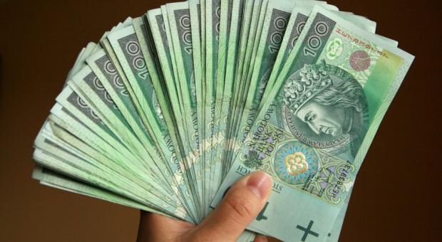 Pensje mocno w górę