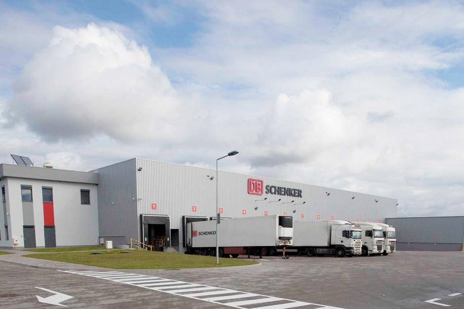 DB Schenker inwestuje w zielone terminale