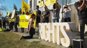 Amnesty International w nowym biurze na Gwiazdkę